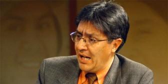 """Politólogo Carlos Cordero prevé crecimiento de Ernesto Justiniano por """"campaña inteligente"""""""