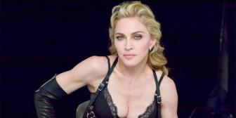 En plena entrevista Madonna… ¡se tocó!