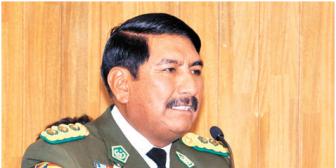 Excomandante de Policía Boliviana Óscar Nina es investigado por vínculos con el narcotráfico