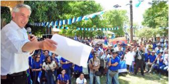 Gobierno de Evo paraliza obras como amenaza electoral; TSE y Justicia callan ante coerción