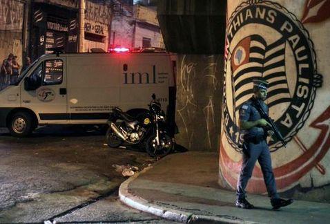 Policias-custodian-asesinados-seguidores-Corinthians_MILIMA20150419_0129_8