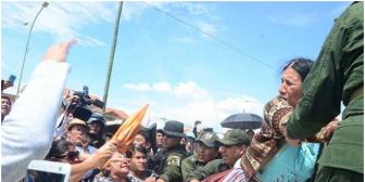 Evalúan a mujer que torturó y mató a un perro en Cochabamba