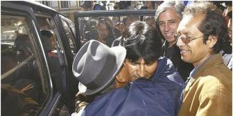 Raúl García, hermano del Vice, desplaza a Walter Chávez del entorno de Evo y el MAS