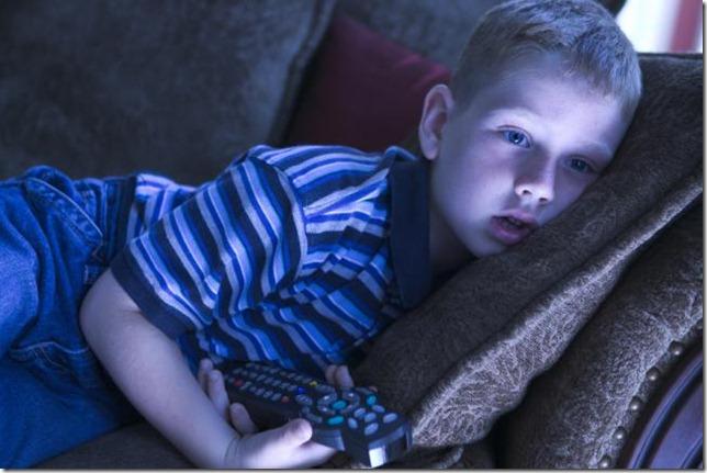mi-hijo-adicto-a-la-television-1