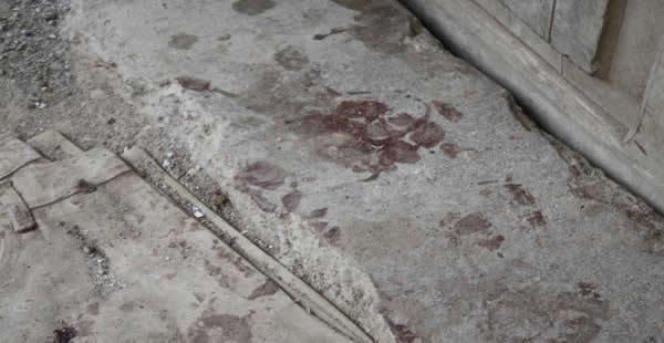 Una huella de sangre quedó impregnada en el domicilio del sujeto que dividió en partes el cadáver de su víctima.