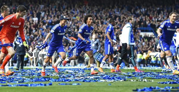 El equipo de José Mourinho logró su quinta copa en la Liga inglesa