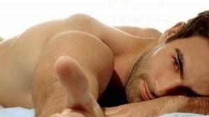 Usa tus dedos para llegar el clímax con tu pareja ¡Les encantará!