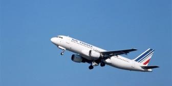 Cazas escoltan avión de Air France hacia aeropuerto de Nueva York