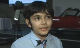 EEUU: Un niño de 11 años se gradúa de la universidad con tres diplomas