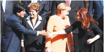 UE confirma la visita de Evo Morales a Bruselas