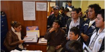 Empresa China que maltrata a trabajadores bolivianos acepta zanjar problema laboral