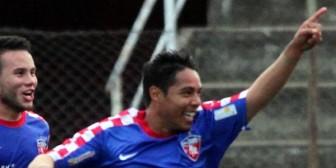 'Pony' Araúz marca otra vez un gol salvador para Sion