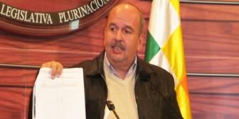 Murillo pedirá que se quite curul a diputado de su partido