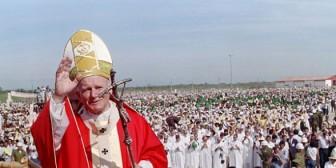 Revive los 6 días que Juan Pablo II pasó en Bolivia