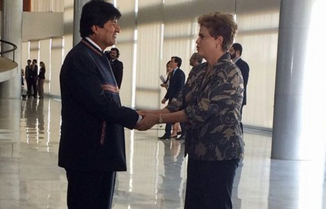 Dilma Rousseff recibe a Evo Morales en Brasilia. Foto: @mincombolivia