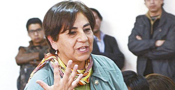 Amalia Pando analizó las entrevistas de Zapata