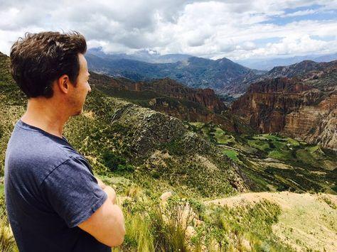 El actor Edward Norton compartió en su cuenta de Twitter una fotografía del Valle de las Ánimas en La Paz.