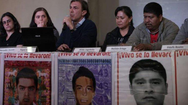 Los peritos argentinos rechazaron que los estudiantes mexicanos hayan sido incinerados en el basurero