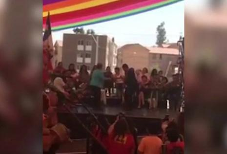 La presidenta chilena bailó cumbia en un acto de entrega de obras