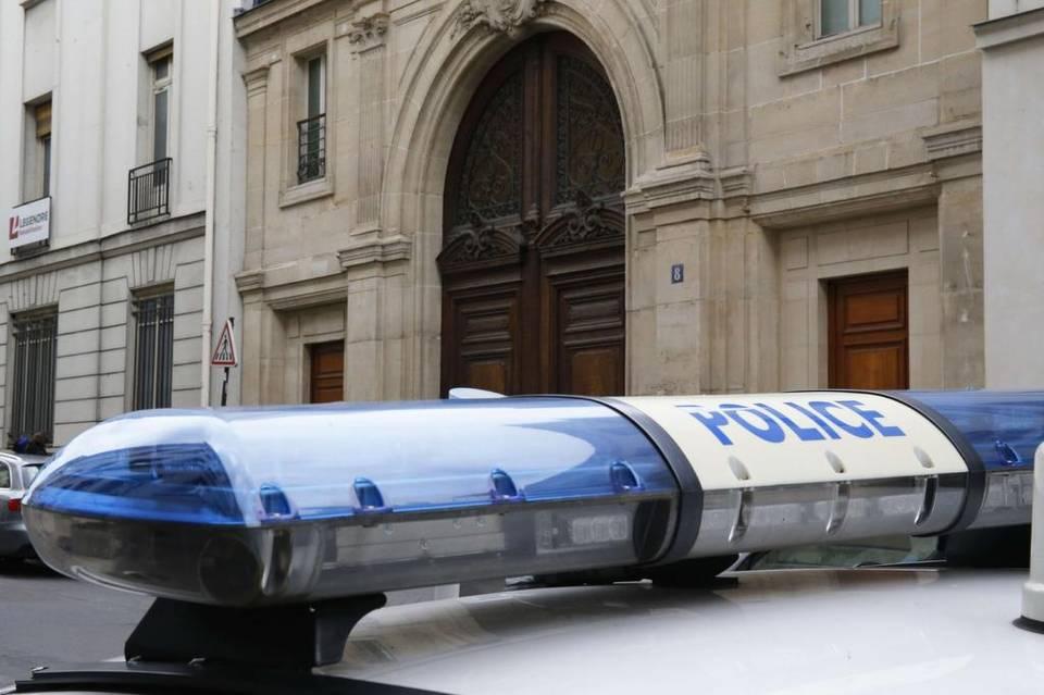 La operación es fruto de una denuncia presentada por el Ministerio de Economía francés por posible evasión fiscal.