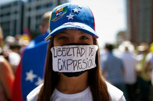 La población venezolana reclama que se respete la libertad de prensa