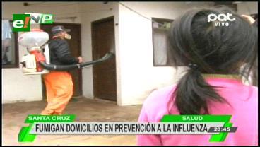 Desinfectan colegios y casas para evitar virus de influenza en Santa Cruz