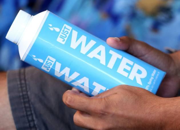 Por qué no hay que beber dos litros de agua al día