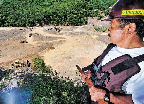 Actividades en la Cooperativa Minera Aurífera Unificada 6 de Guanay, en La Paz. Miguel Carrasco-Archivo.