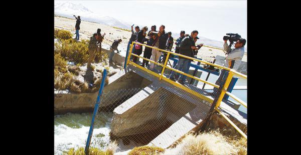 Bolivia demandó a Chile por   las aguas del manantial Silala