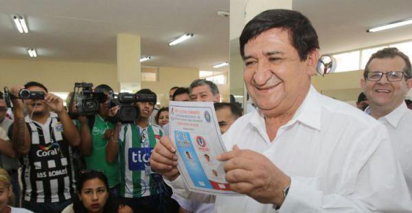 Sonriente, Saúl Rosas dijo estar confiado en un buen resultado