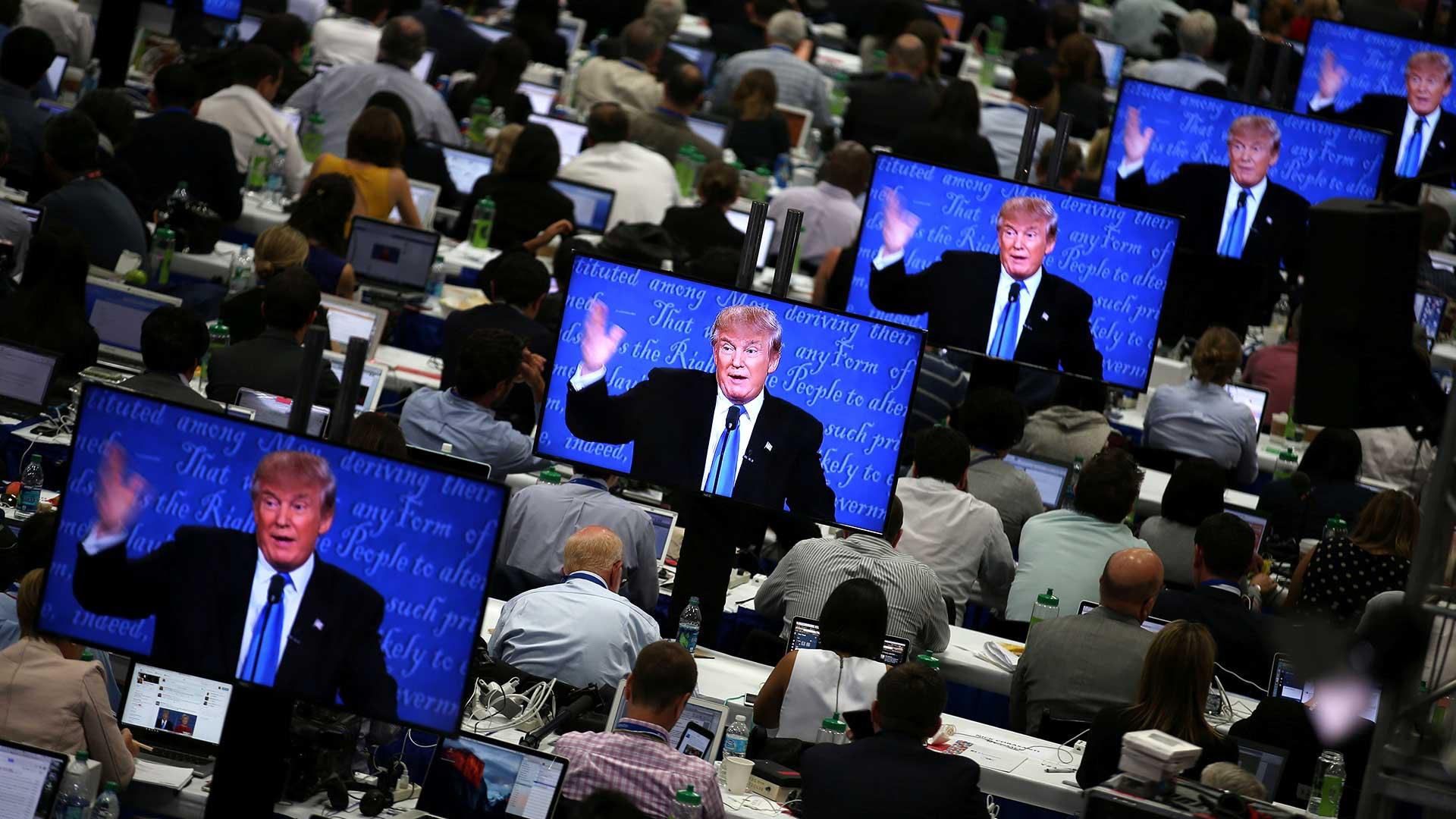 (Reuters) Clinton alertó sobre el aumento de los hackeos contra EEUU, particularmente desde Rusia.