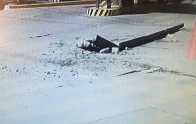 Depósito de estación de servicio explota cerca de la Plaza Triangular