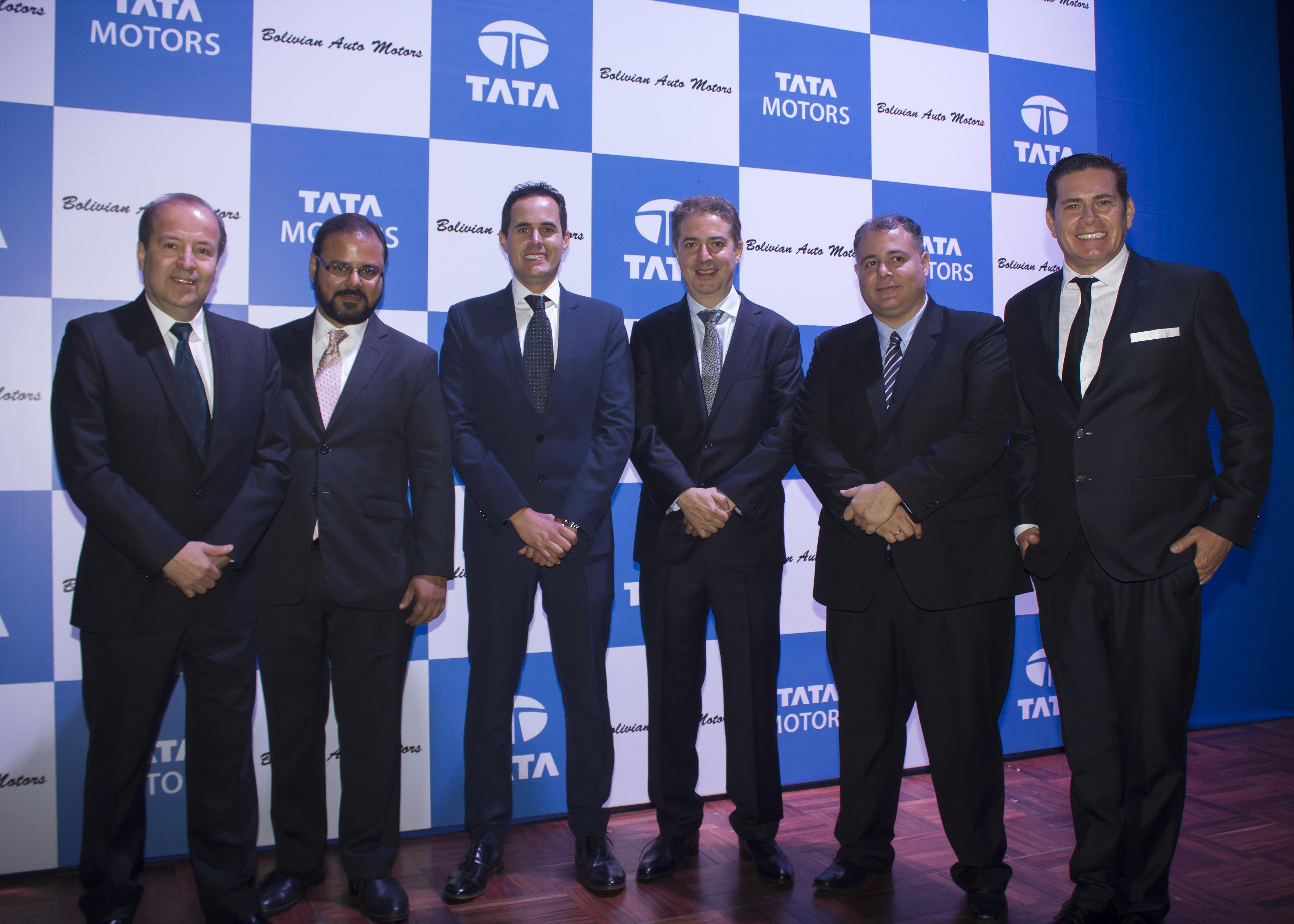 Fernando Canedo, Rudrarup Maitra, Diego Salvatierra, Federico Stelzer, Germán Moreno y Johnny Salvatierra