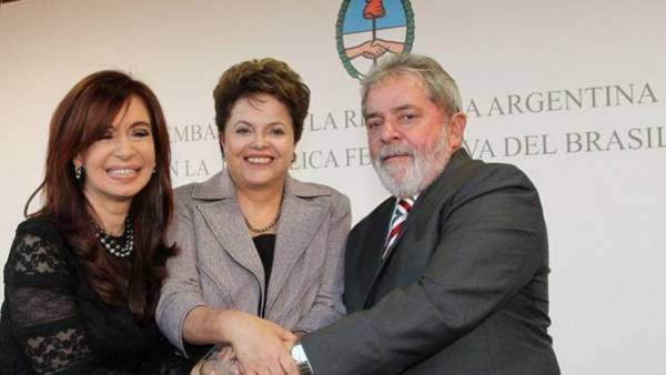 Cristina, Dilma Rousseff y Luiz Inacio Lula Da Silva (Crédito Roberto Stuckert Filho/PR)