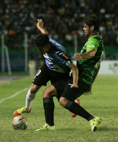 Blooming y Sport Boys igualaron sin goles en el Tahuichi.