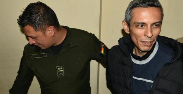 Gustavo Vargas Villegas al ingresar al Juzgado