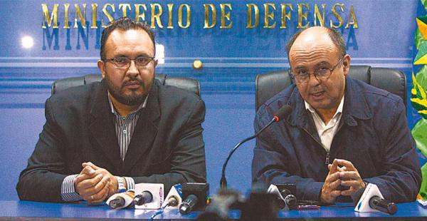 Los ministros Milton Claros, de Obras Públicas, y de Defensa, Reymi Ferreira, se enfrentaron públicamente
