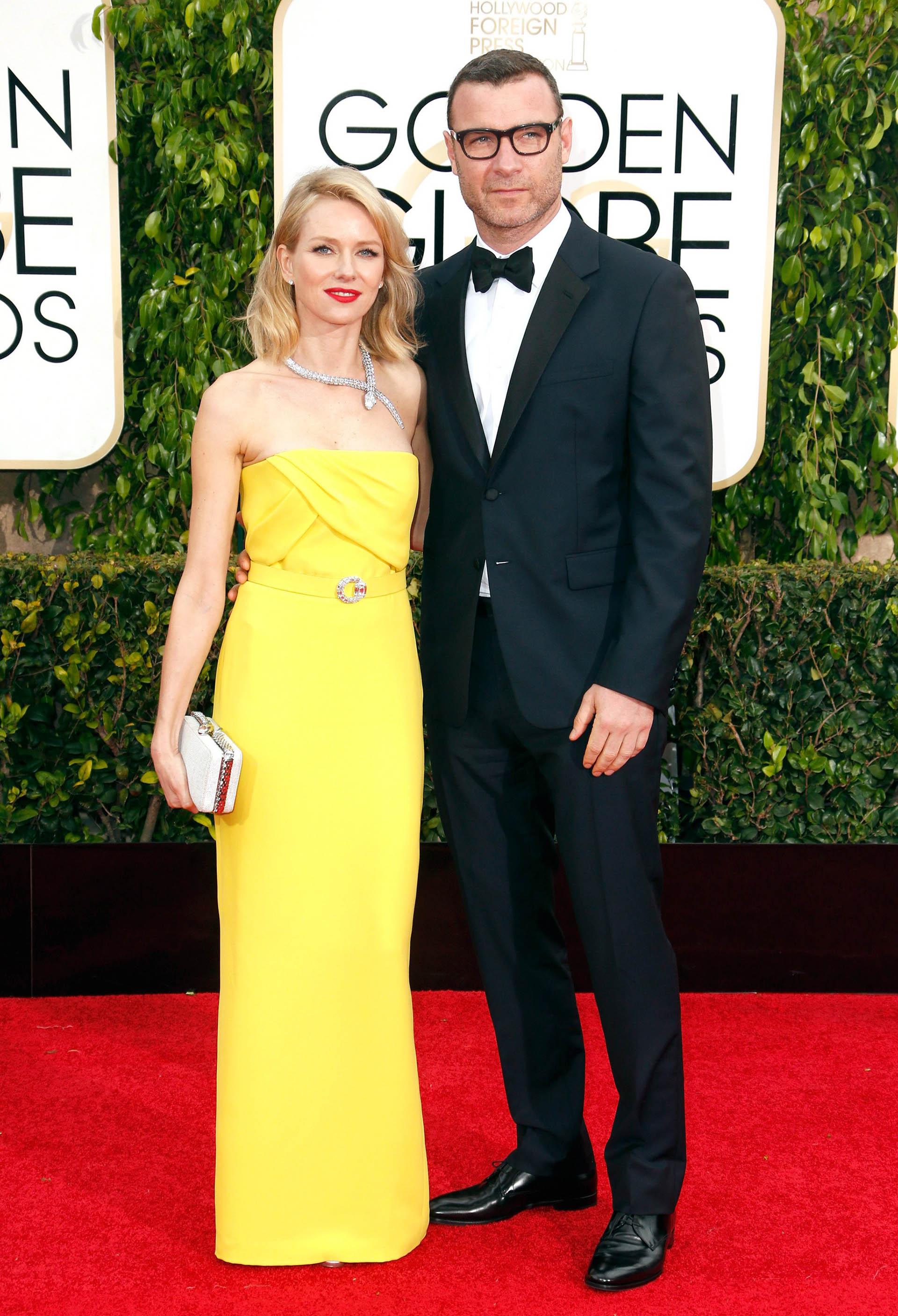 Naomi Watts y Liev Schreiber no estaban casados pero eran pareja desde hacía 11 años y tienen dos hijos en común: Samuel y Alexander. Anunciaron su separación una semana después que Brangelina.
