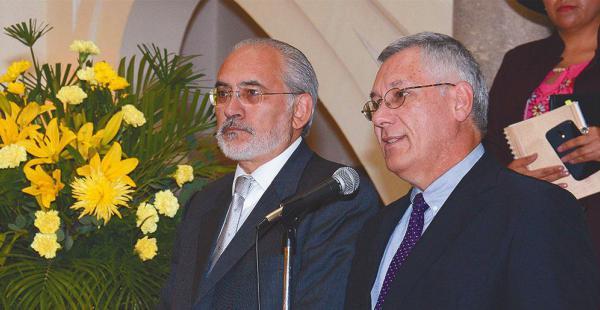 Los expresidentes Carlos Mesa y Eduardo Rodríguez Veltzé trabajaron juntos en la defensa de la demanda marítima en contra de Chile