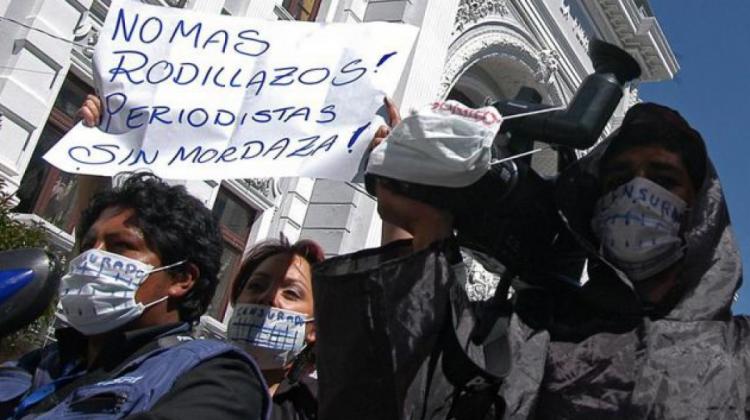 Protesta de periodistas en Sucre