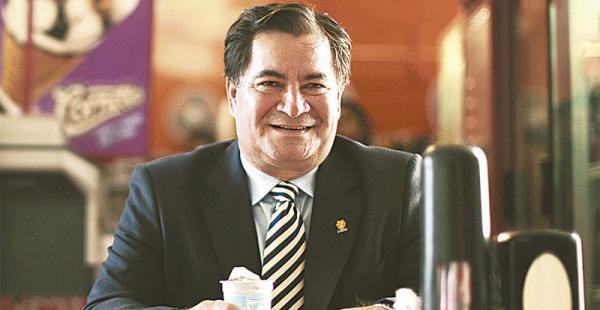 El exsenador Roger Pinto ya fue notificado con el refugio político