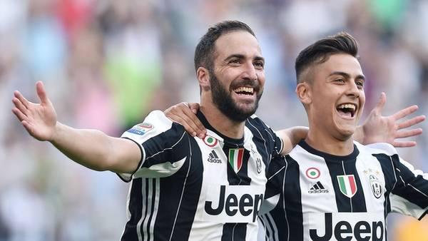 Higuaín y Dybala, las cartas de gol para la Juventus. (Ansa)