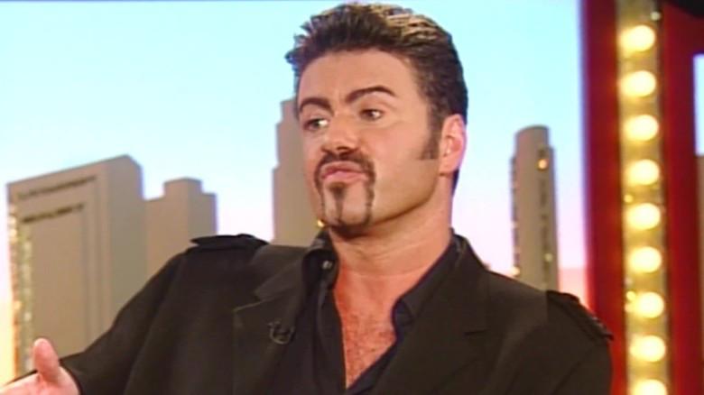 George Michael durante la entrevista con CNN, en abril de 1998.