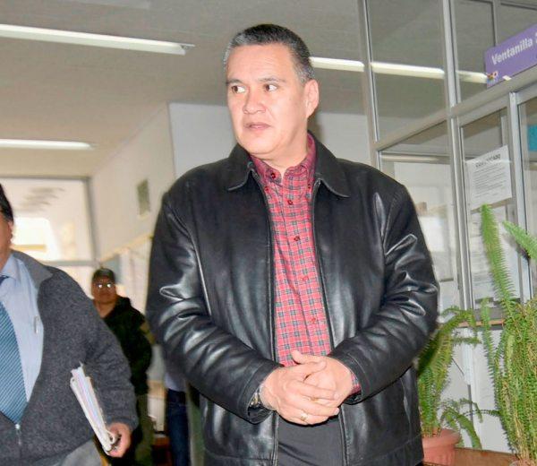 Eduardo León.