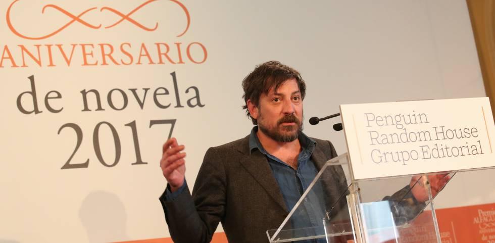Ray Loriga, premio Alfaguara 2017, en el Hotel Ritz.
