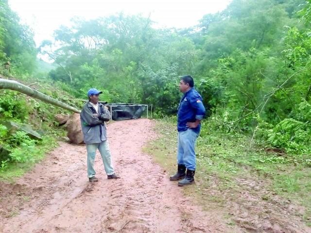 Derrame de más de mil litros de petróleo alertan en Monteagudo