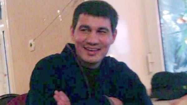 El sospechoso fue identificado como Rakhmat Akilov. Esta es una de las supuestas fotos suyas que circulan en internet