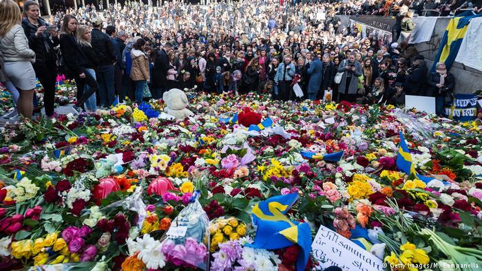 Schweden Nach dem Anschlag in Stockholm (Getty Images/M. Campanella)