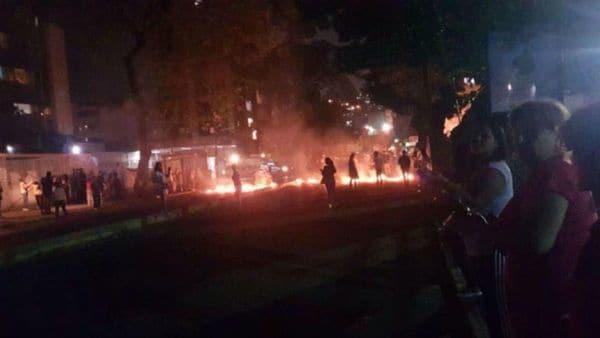 Los disturbios en el Paraíso, un distrito de Caracas(Twitter)
