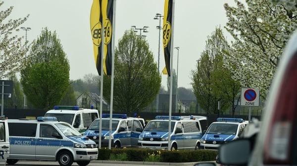 La Policía alemana blindó el entrenamiento matutino del Borussia Dortmund (AFP)